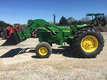 1983 John Deere 2750 Tractors