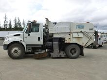2003 TYMCO 600BAH Sweeper