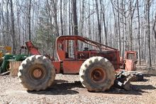TIMBERJACK 240 Skip loaders