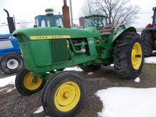 JOHN DEERE 4020 gas Tractors