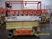 2012 JLG 2630ES Scissor lifts
