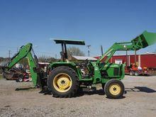 2005 John Deere 5103 Tractors