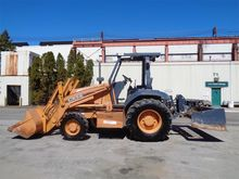 CASE 570M XT Skip loaders