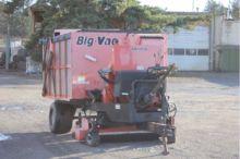 2002 SMITHCO V72 Big Vac Sweepe