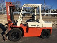 Used 1989 NISSAN P90