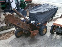 1995 Ditch Witch 1020 Trenchers