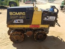 2003 BOMAG BMP 851 Trench compa