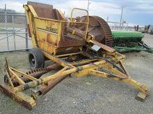 HAYBUSTER H-106 Hay equipment