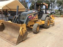 2013 DEERE 210K Skip loaders