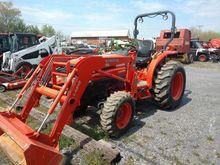 Kubota L3130GST Compact tractor