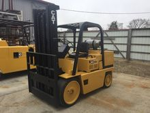 CATERPILLAR T150D Forklifts