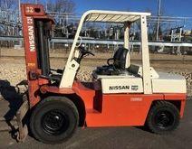 1989 NISSAN P9000 Forklifts