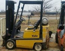 1990 YALE CLC040 Forklifts