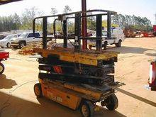 GROVE SM2633E Scissor lifts