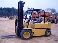2000 CATERPILLAR VC60D Forklift