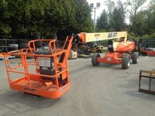 2016 JLG M600JP Articulated boo