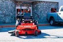 2014 KUBOTA Z121S Riding lawn m