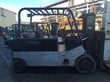 CATERPILLAR T180 Forklifts