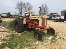 J I CASE 930 Tractors