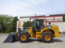2012 DEERE 1706E Loaders