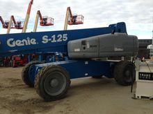2013 Genie S125 Booms
