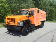 2005 GMC C6500 Chipper dump