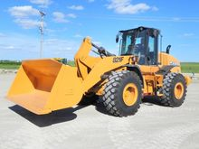 2012 CASE 821F Loaders