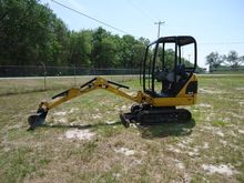 2014 CATERPILLAR 301.4C Excavat