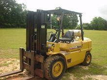 CATERPILLAR GPL40 Forklifts