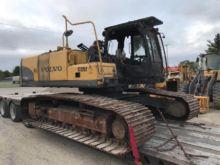 VOLVO EC240CL Excavators
