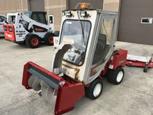 2002 Ventrac 3000 Compact tract
