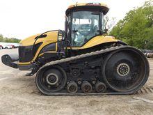 2002 CHALLENGER MT765 Tractors
