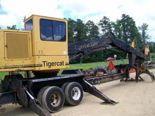 2002 TIGERCAT 230B Log loaders