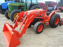 2016 KUBOTA L3901HST Tractors