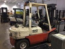 2001 NISSAN P60 Forklifts