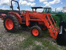 Kubota M4800 Tractors