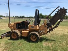 1997 CASE 560 TRENCHER Trencher
