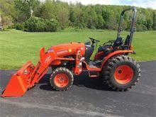 2014 KUBOTA B3350 Tractors
