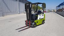 CLARK C300-50 Forklifts