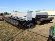 2013 CRUST BUSTER 4740AP DRILL