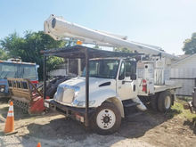 2006 INTERNATIONAL 4300 Booms
