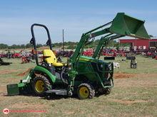 2014 John Deere 1025R Tractors