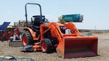 2016 KUBOTA B2601 Tractors