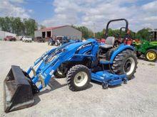 2004 NEW HOLLAND TC40DA Tractor