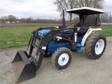 1995 FORD 1920 Tractors