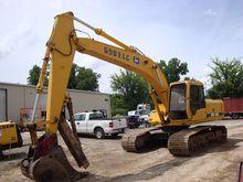 1995 DEERE 690E LC Excavators