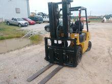 2007 STARKLIFT CPCD30 Forklifts