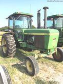 1977 JOHN DEERE 4430 Tractors