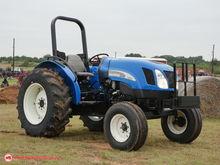 2004 New Holland TN60A Tractors