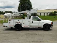 2006 Ford F-350 Booms